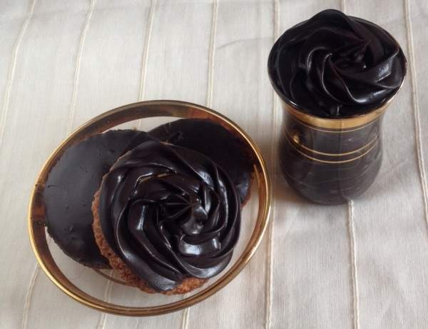 Coconut Macaroons with Rummy Chocolate Ganache